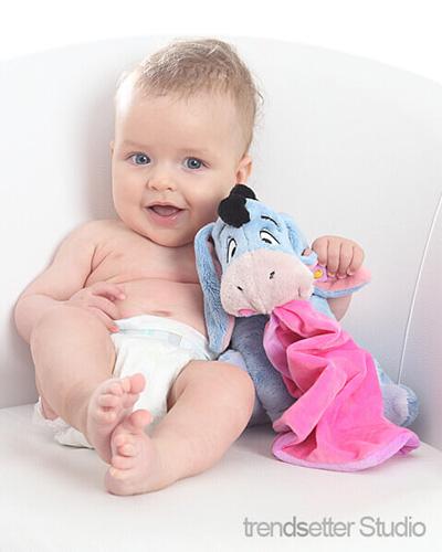 Kinderfotos aus unserem Fotostudio sind süß, emotional und einmalig. Die erste Adresse in Chemnitz für Kleinkinderfotos.