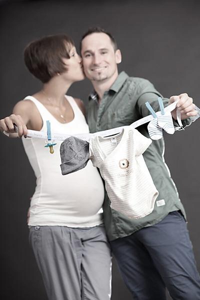 Babybauchshooting im trendsetter Fotostudio Chemnitz, da spricht die Liebe aus den Bildern.