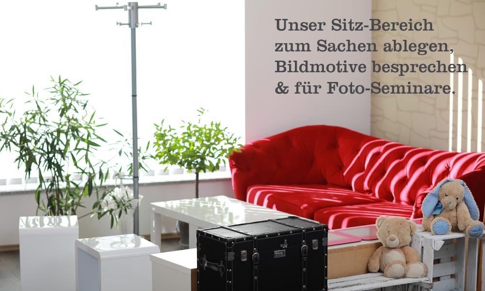 Unser Sitzbereich im trendsetter Fotostudio zum wohlfühlen und ankommen.